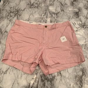 NWT Old Navy Pinstriped Red everyday shorts